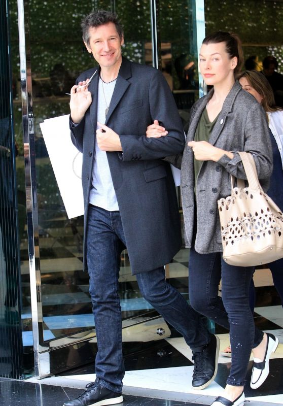 Milla Jovovich and Paul W. S. Anderson Shopping in Beverly Hills 04/02/2018