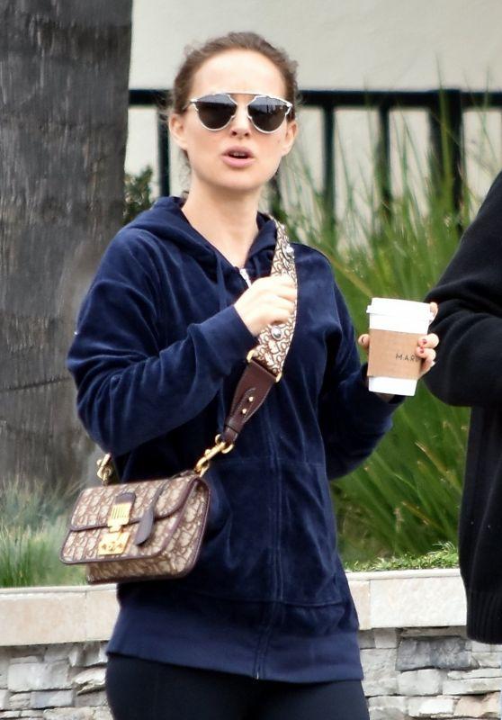 Natalie Portman - Gets Breakfast With Her Parents in Los Feliz 04/02/2018