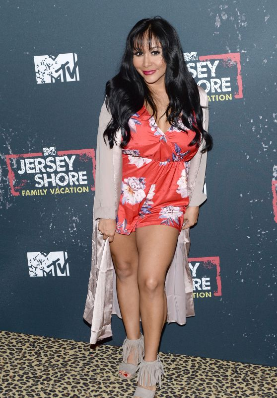 "Nicole Polizzi – ""Jersey Shore Family Vacation"" TV Show Premiere in New York"