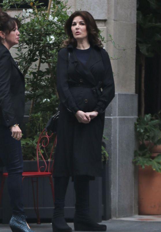 Nigella Lawson - Outside of Her Trendy Hotel
