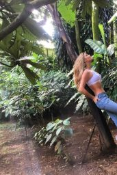 Nina Agdal - Social Media 04/03/2018