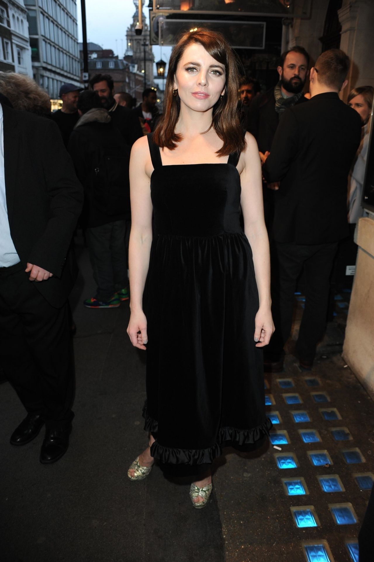 Ophelia Lovibond Quot Quiz Quot Party At West End Transfer In