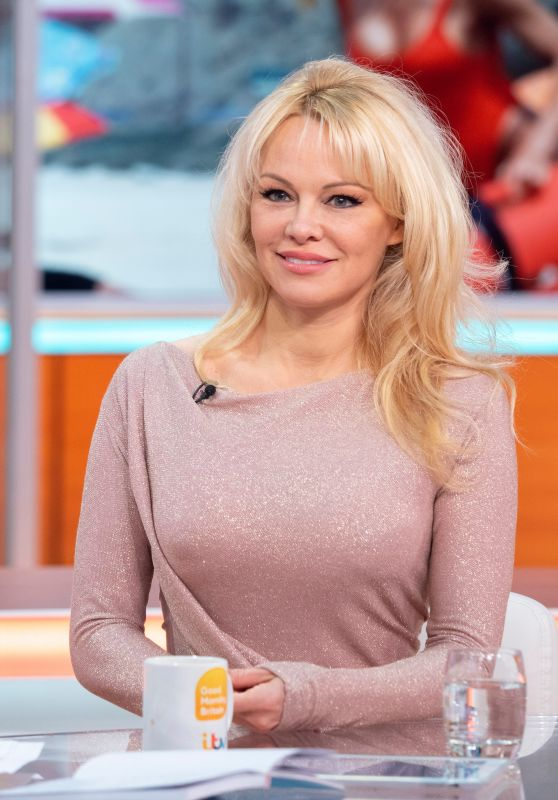 "Pamela Anderson - ""Good Morning Britain"" TV Show in London 04/17/2018"