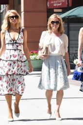 Paris, Nicky and Kathy Hilton - Out in Beverly Hills 04/17/2018