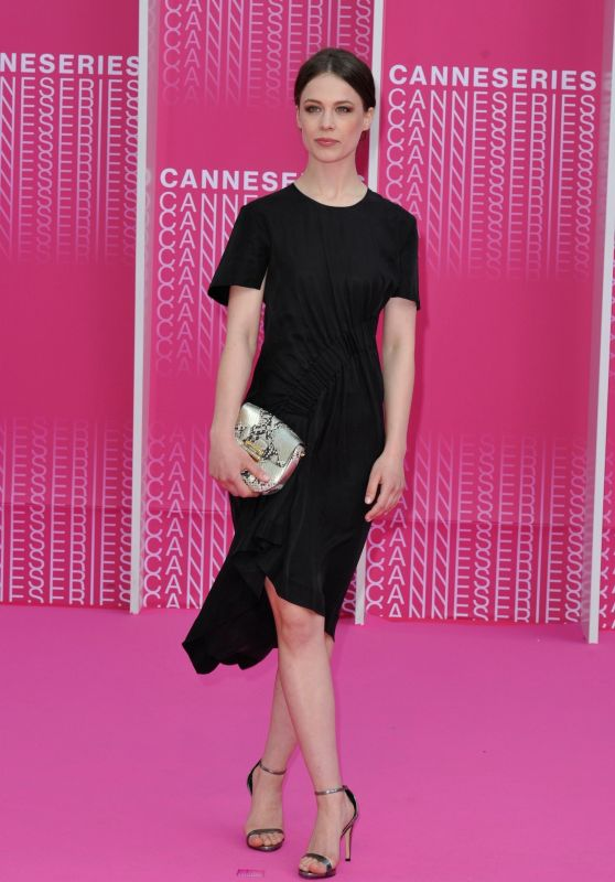 """Paula Beer - """"The Truth about Harry Quebert"""" Pink Carpet - 1st Cannes International Series Festival 04/07/2018"""
