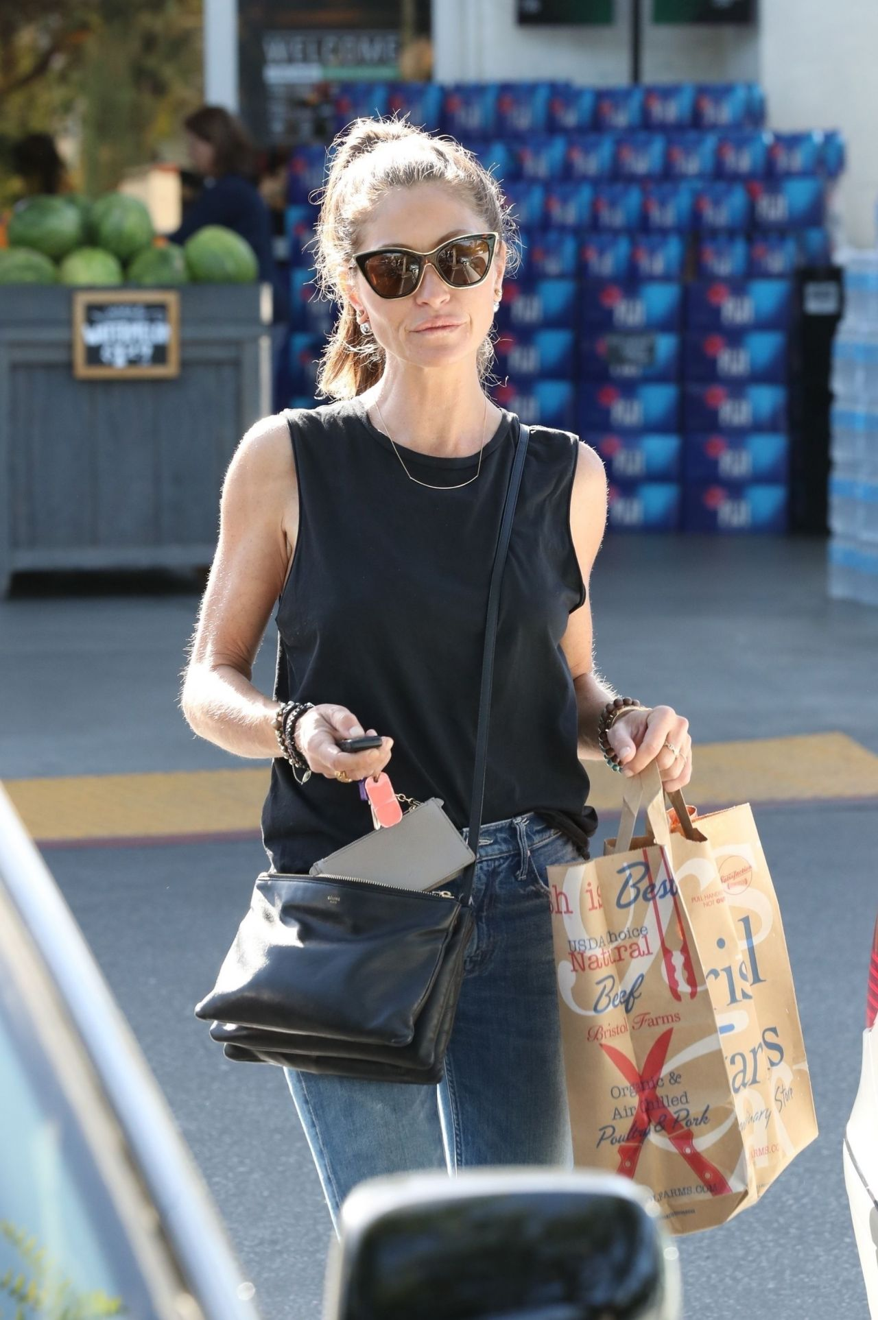 https://celebmafia.com/wp-content/uploads/2018/04/rebecca-gayheart-grocery-shopping-in-los-angeles-04-14-2018-3.jpg