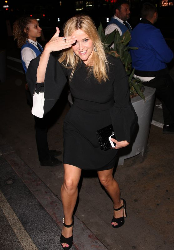 Reese Witherspoon - Arrive to a Party Held for Gwyneth Paltrow and Brad Falchuck in LA 04/14/2018
