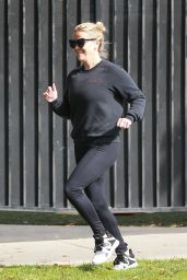 Reese Witherspoon - Morning Run in Brentwood 04/20/2018