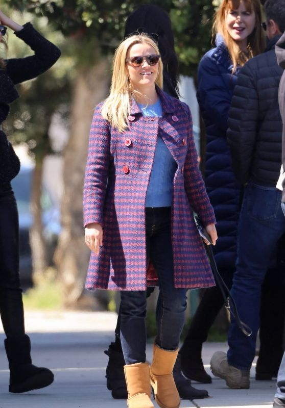 Reese Witherspoon - Out in Sausalito, CA 04/18/2018