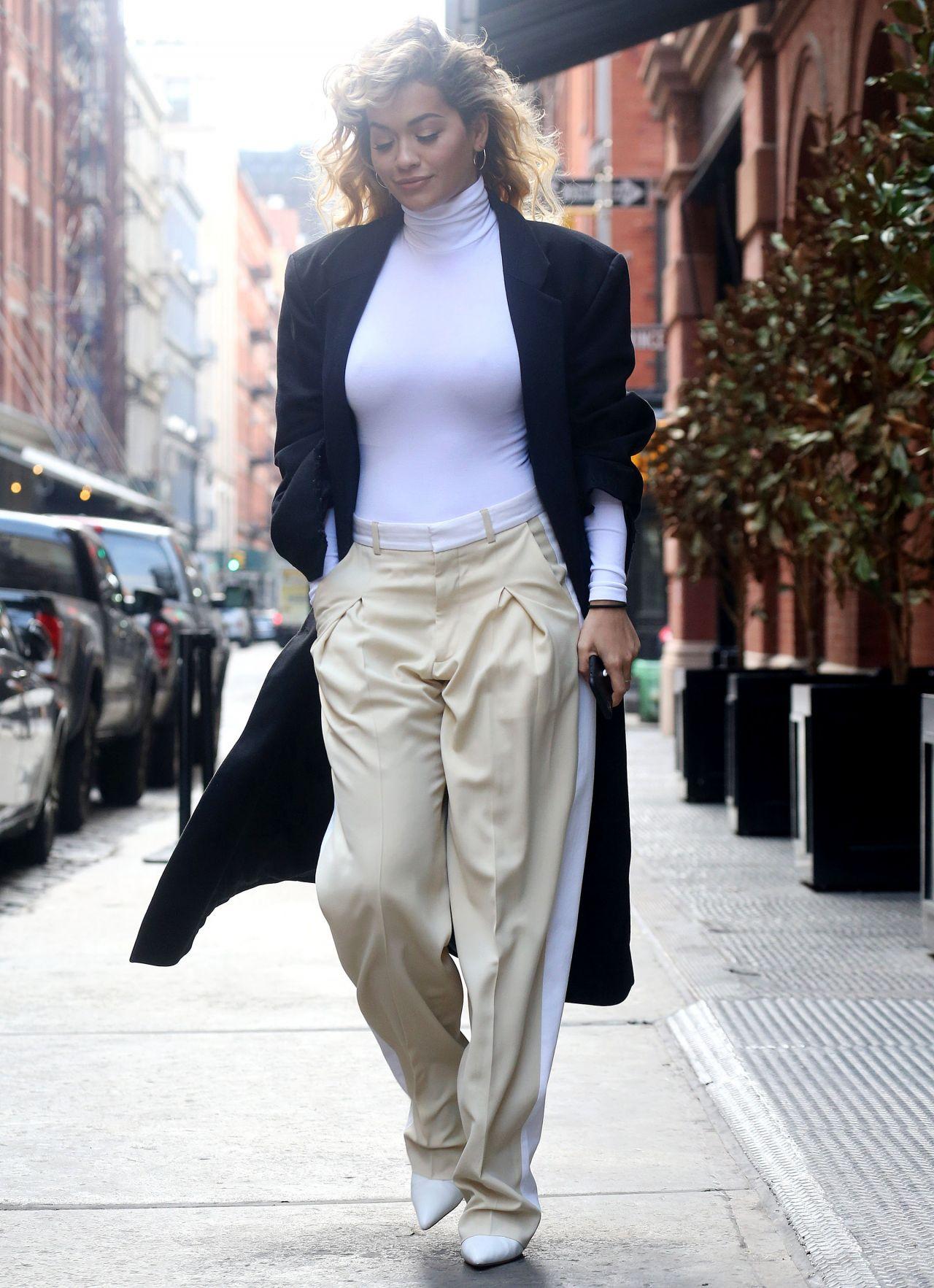 http://celebmafia.com/wp-content/uploads/2018/04/rita-ora-street-fashion-new-york-city-04-10-2018-8.jpg