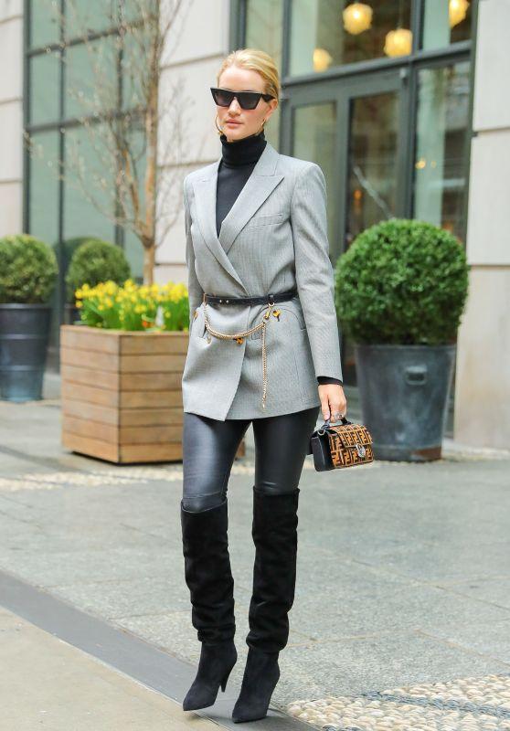 Rosie Huntington-Whiteley Fashion Style - New York City 04/04/2018