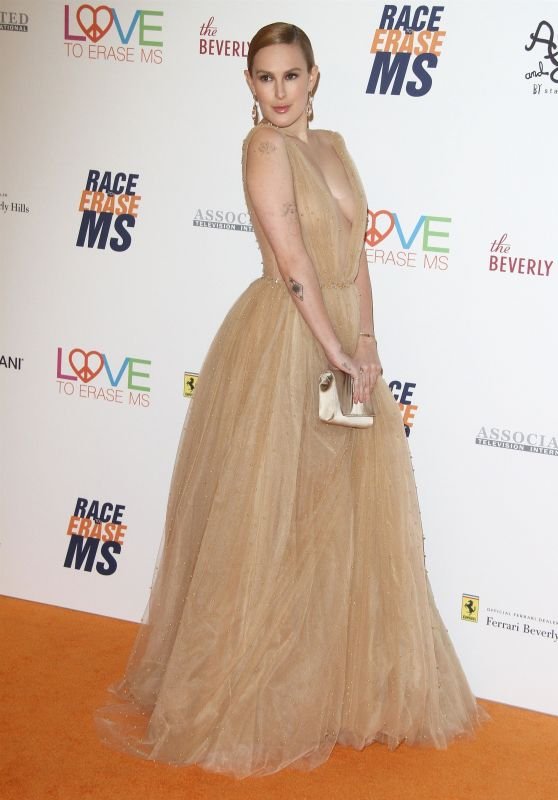 Rumer Willis – 2018 Race To Erase MS Gala in Beverly Hills