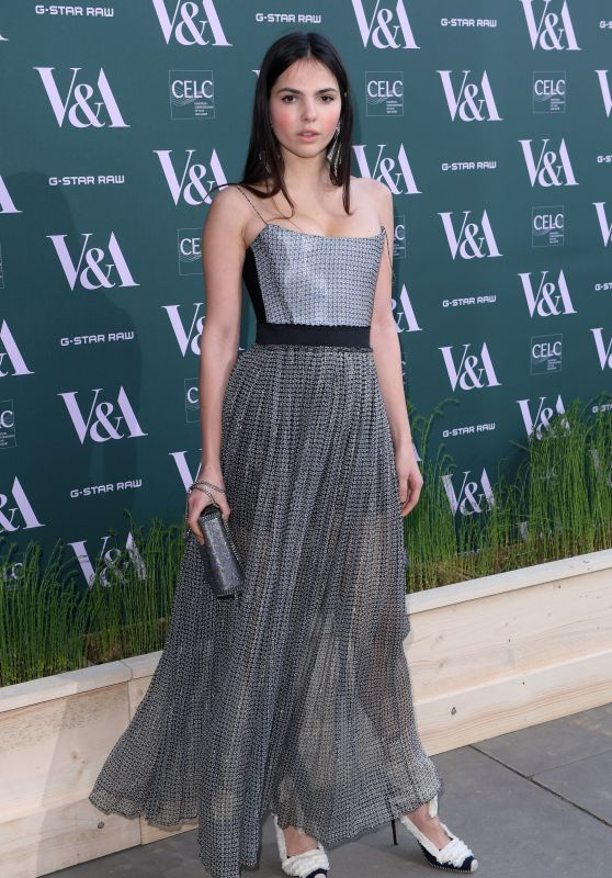 """Sai Bennett – """"Fashioned For Nature"""" Exhibition VIP Preview in London"""