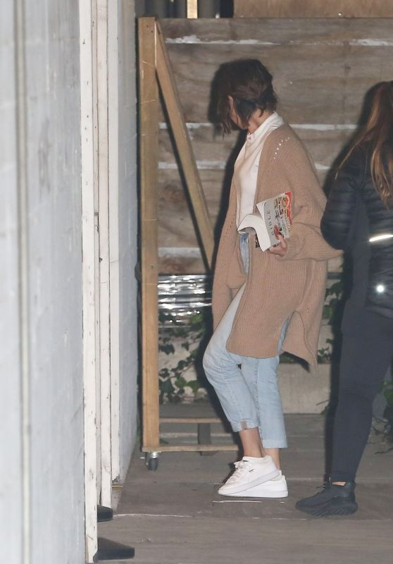 Selena Gomez - Attends a Church Service in Los Angeles 04/11/2018