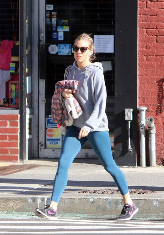 Sienna Miller and Tom Sturridge - Out in NY 04/26/2018