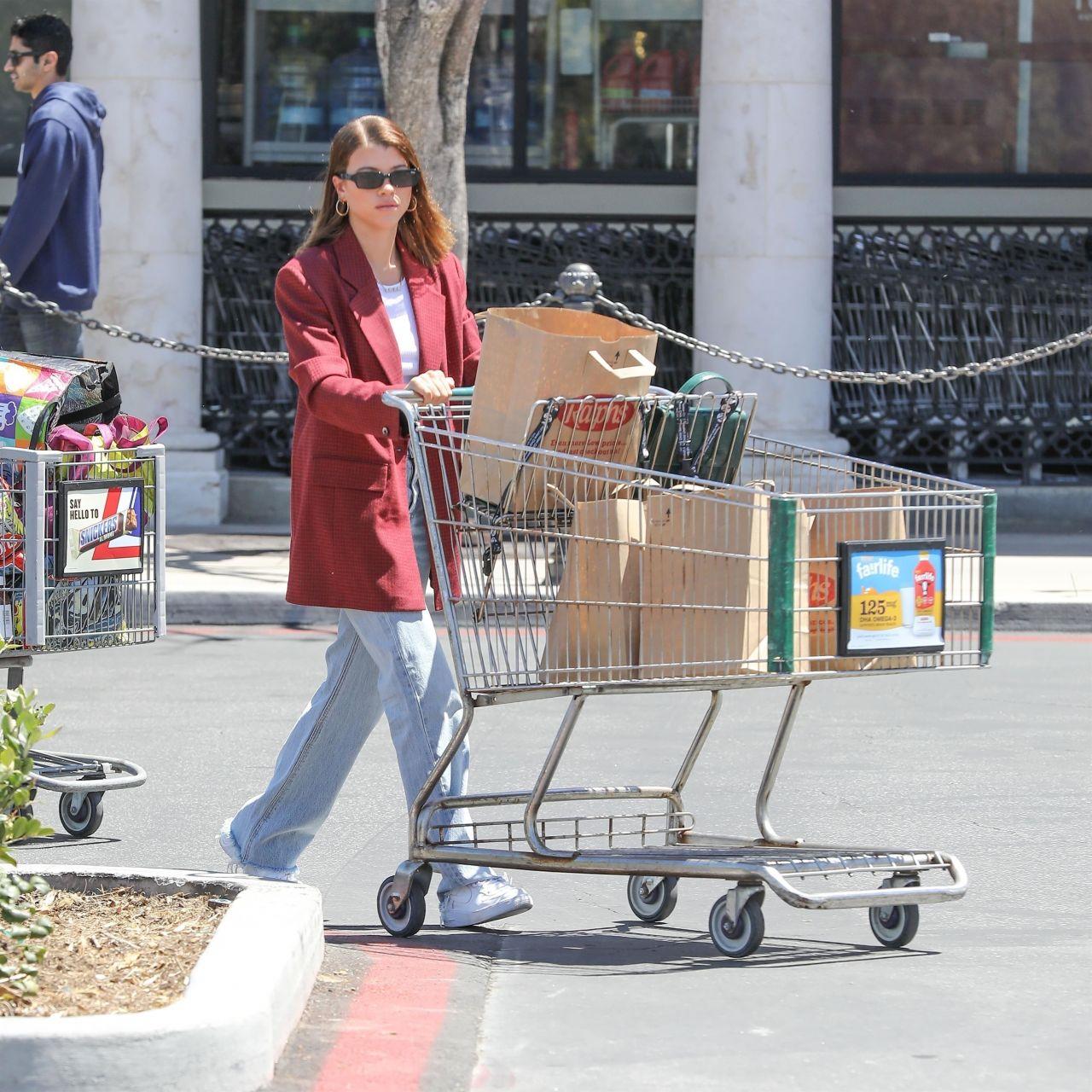 Los Angeles Supermarket: Sofia Richie Latest Photos
