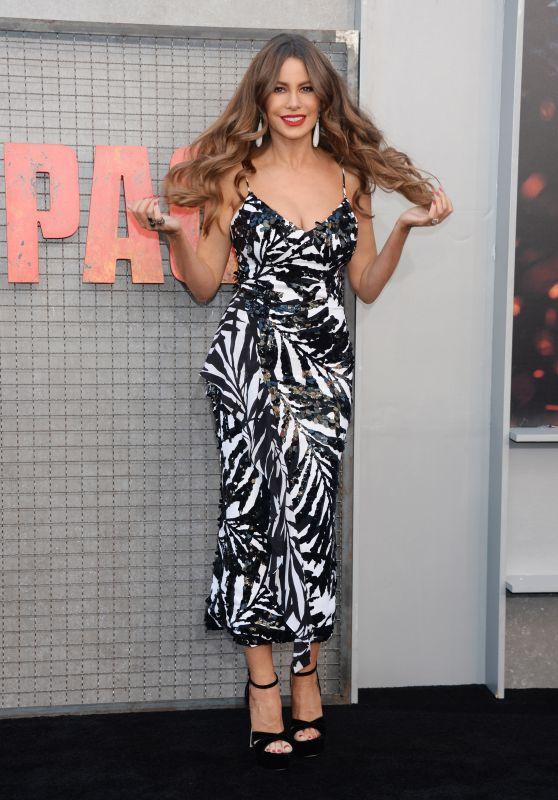 """Sofia Vergara – """"Rampage"""" Premiere in LA"""
