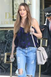 Sofia Vergara - Shopping at Saks Fifth Ave in Beverly Hills 04/20/2018