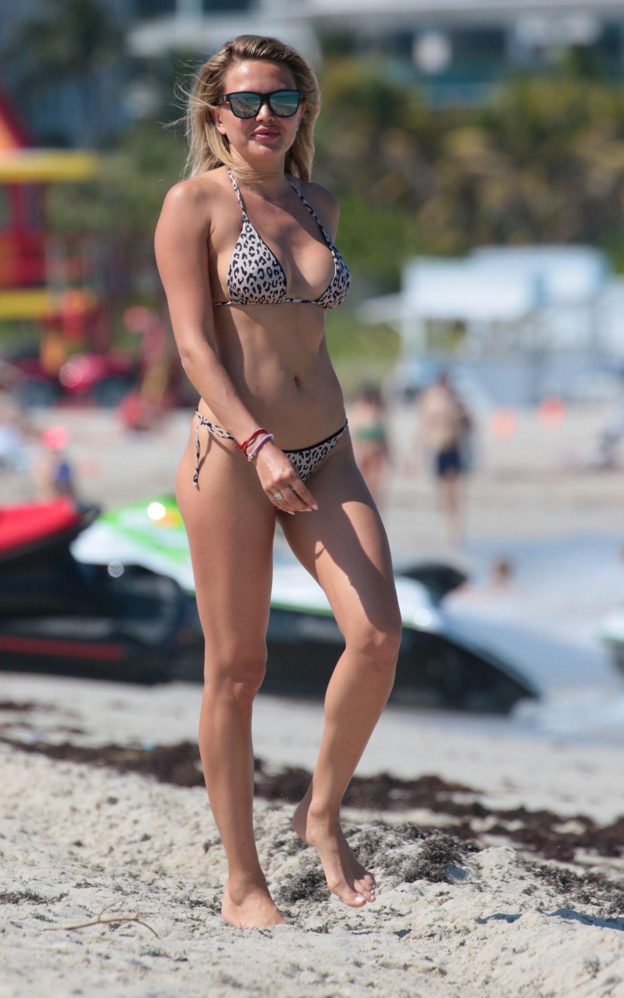 Zara holland in bikini on the beach in barbados forecast