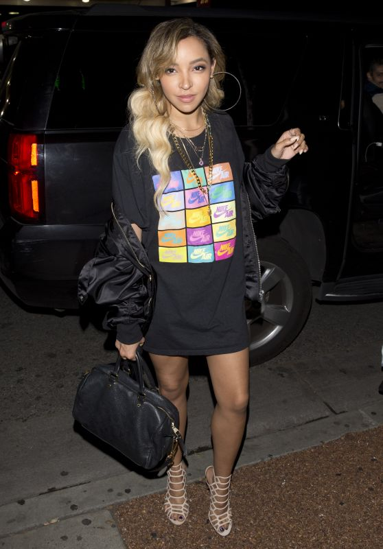 """Tinashe - """"Delilah"""" Night Club in West Hollywood 03/31/2018"""