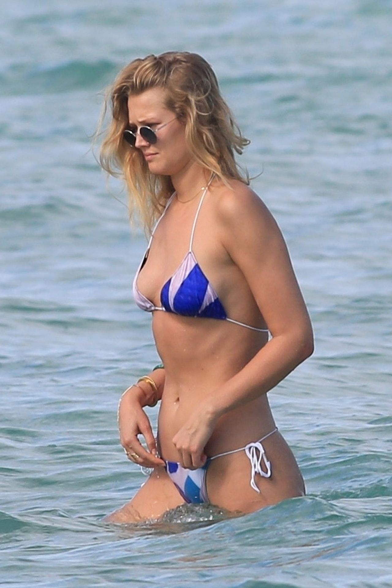 Toni Garrn Bikini Candids - Beach in Miami 04/03/2018 ...