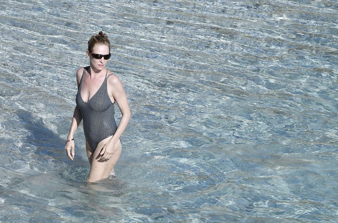 Uma Thurman In Swimsuit At The Beach In St Barts 04 04 2018