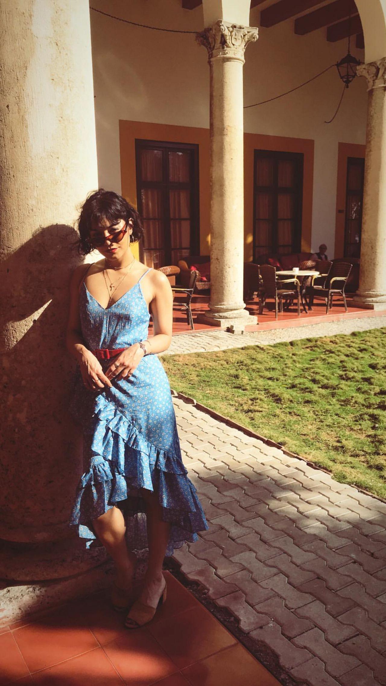 Vanessa Hudgens – So...