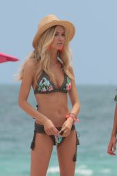 Alexa Collins in a Green Bikini at a Photoshoot in Miami Beach 05/03/2018