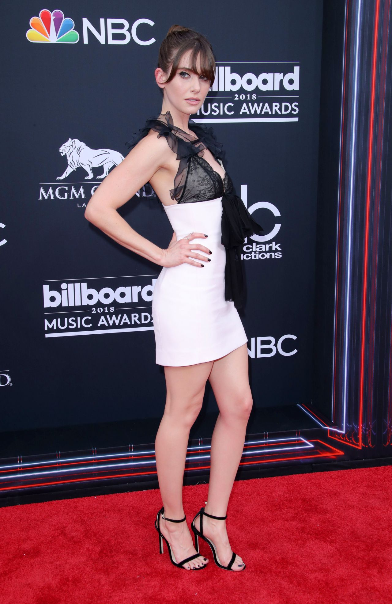 http://celebmafia.com/wp-content/uploads/2018/05/alison-brie-2018-billboard-music-awards-in-las-vegas-15.jpg