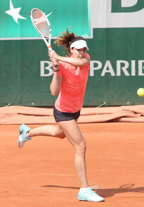 Alize Cornet – Practices at 2018 Roland Garros in Paris 05/24/2018