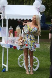"Amber Turner – ""The Only Way Is Essex"" Filming at Colchester Castle 05/10/2018"
