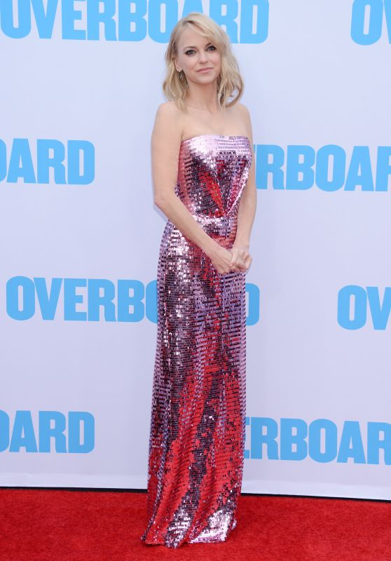 """Anna Faris – """"Overboard"""" Premiere in LA"""