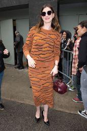 Anne Hathaway Heads for Dinner in Midtown Manhattan in New York City 05/22/2018