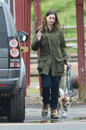 Anne Hathaway - Visits a Farm Stand With Her Dog in Easton, CT 05/13/2018