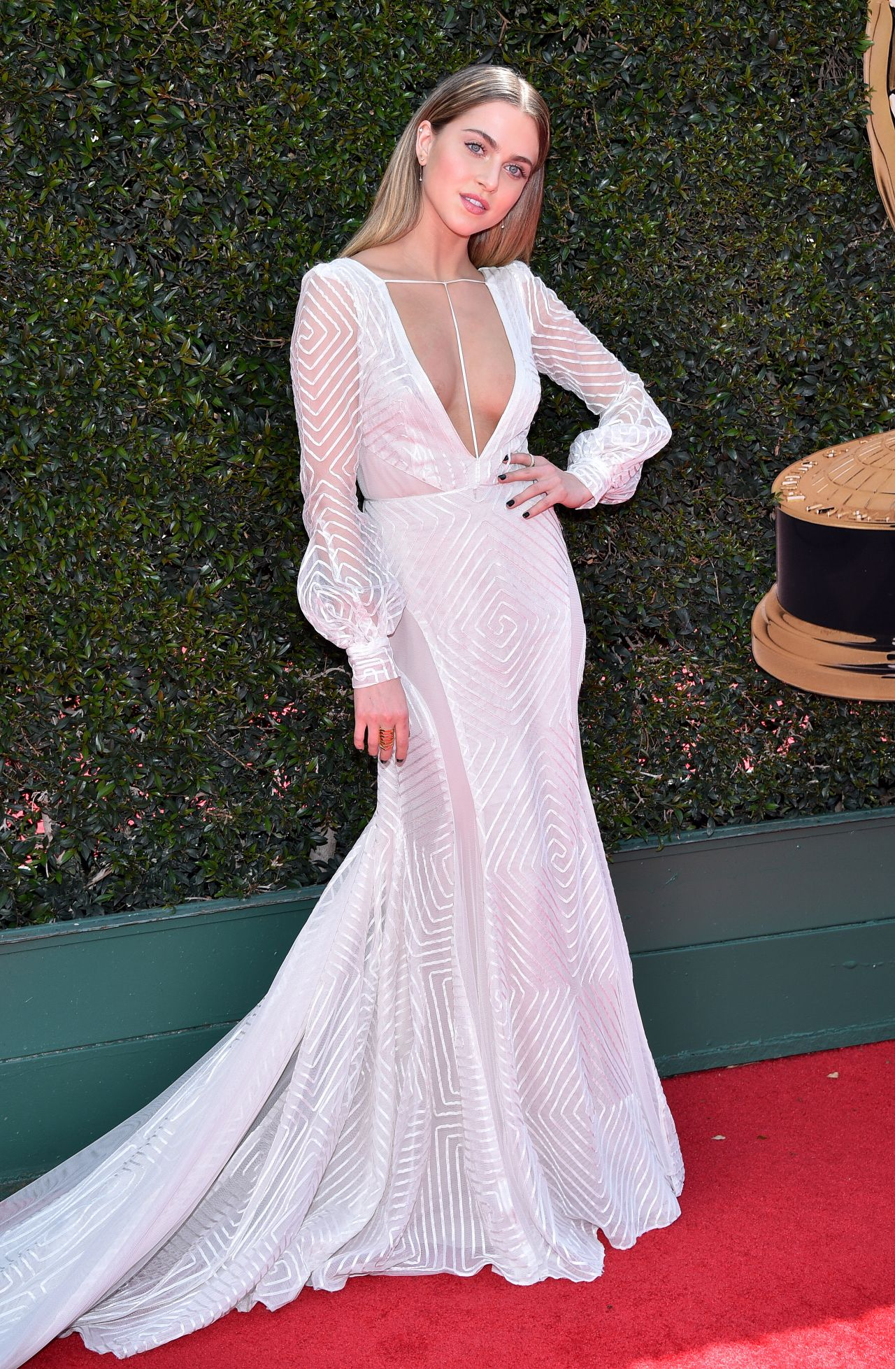Anne Winters - 2018 Daytime Emmy Awards • CelebMafia