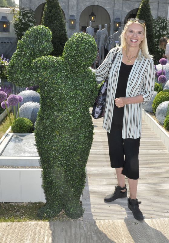 Anneka Rice – Chelsea Flower Show in London 05/21/2018