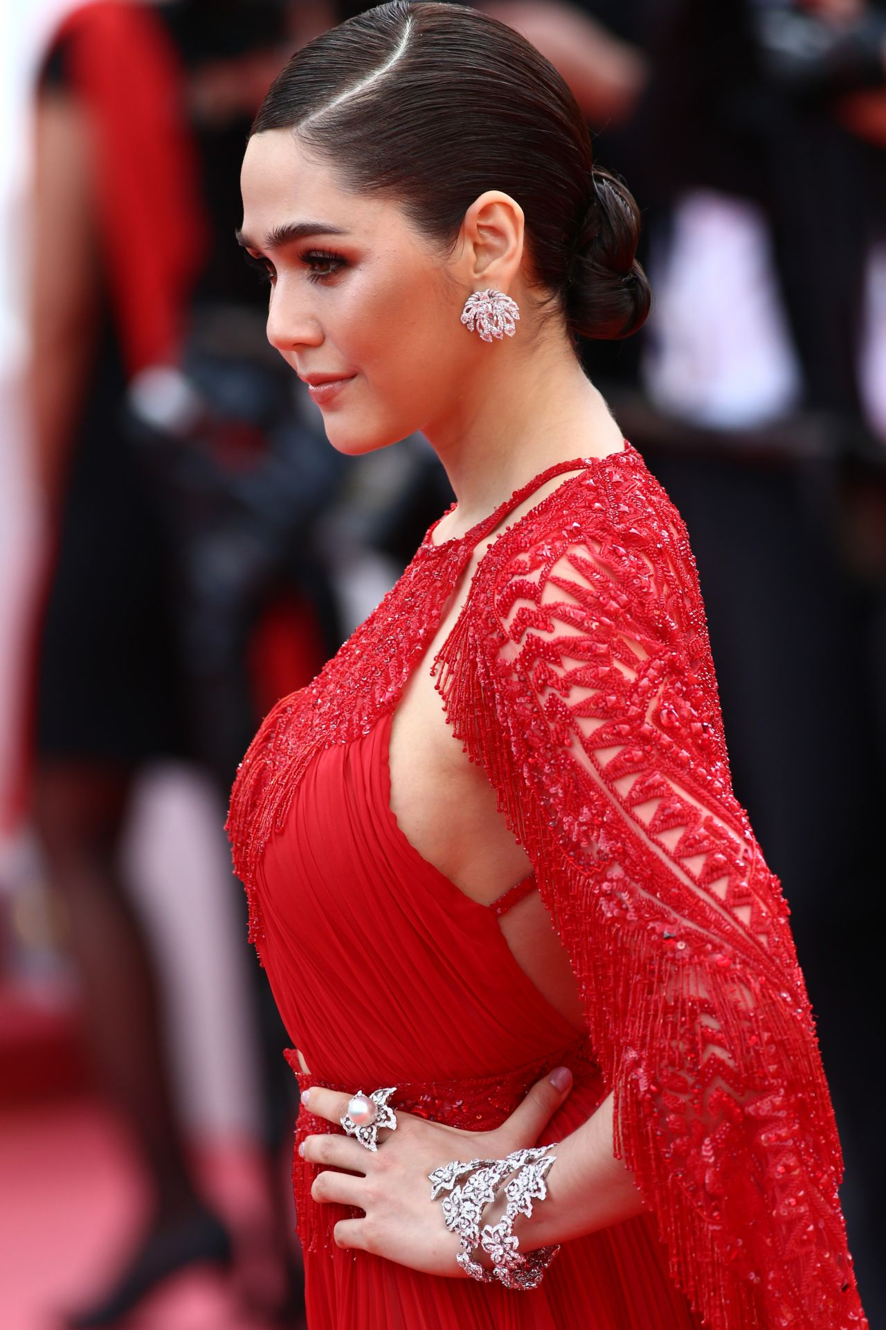 Araya Hargate Everybody Knows Premiere And Cannes Film