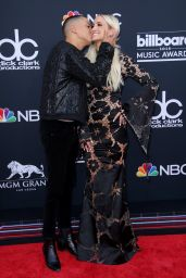 Ashlee Simpson and Evan Ross – 2018 Billboard Music Awards in Las Vegas