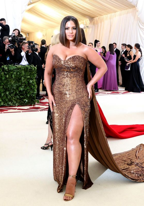 Ashley Graham – MET Gala 2018