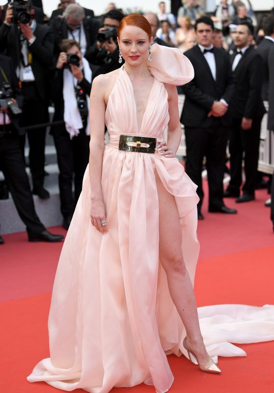 """Barbara Meier – """"Everybody Knows"""" Premiere and Cannes Film Festival 2018 Opening Ceremony"""