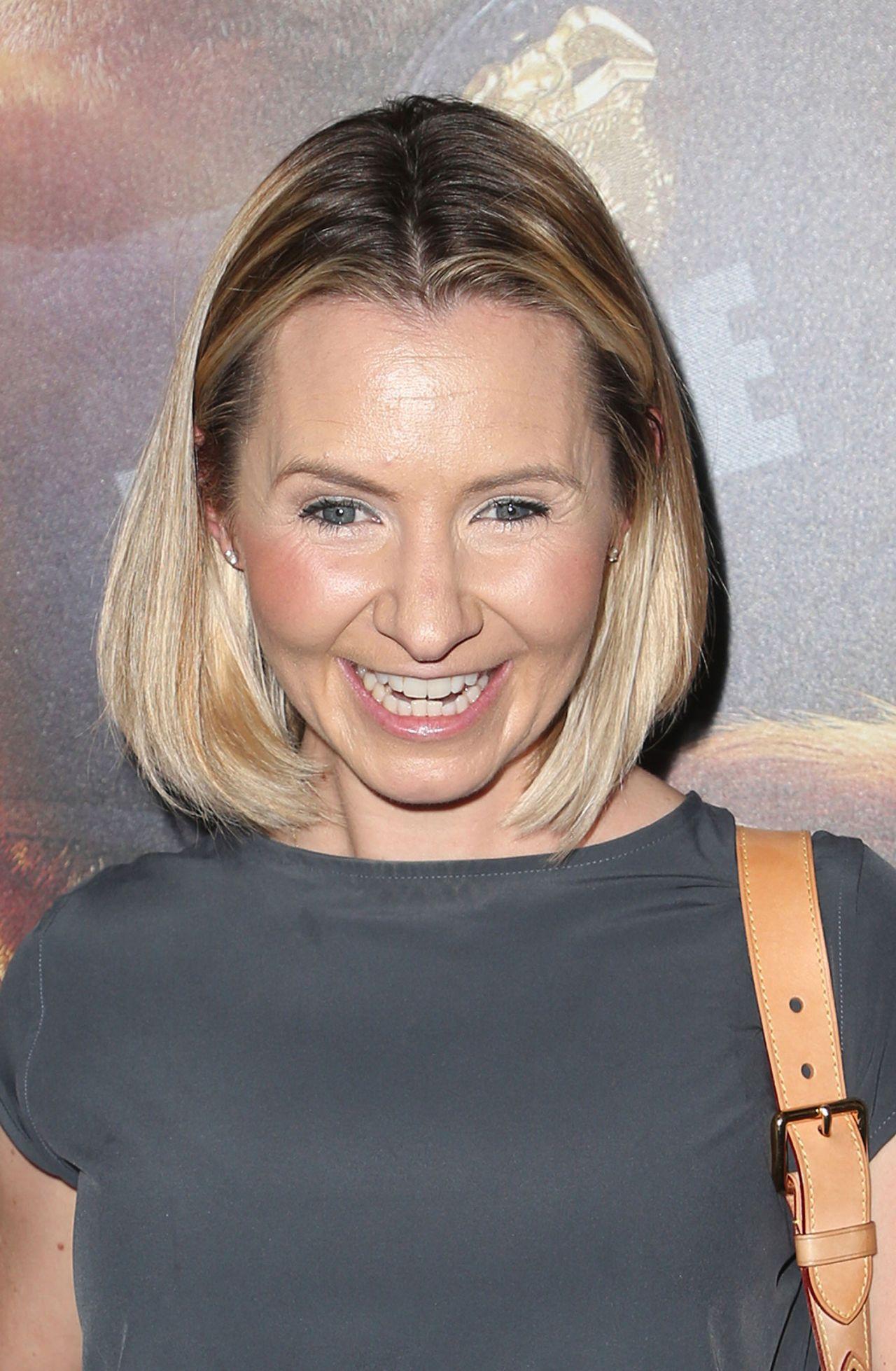 Christine Lakin 2017