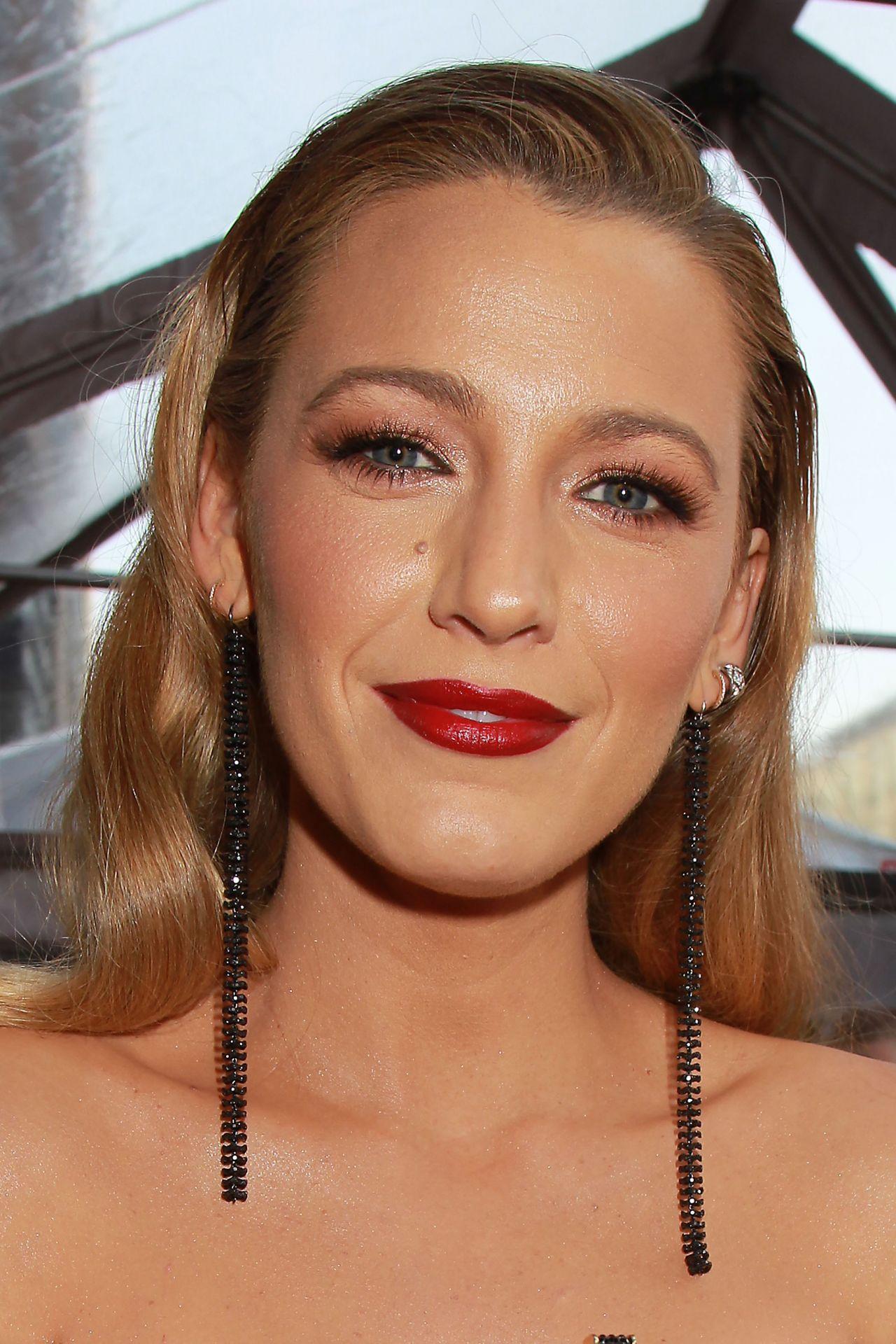"Blake Lively – ""Deadpool 2"" Premiere in New York City"