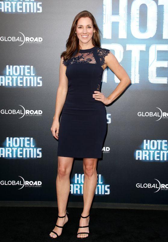 """Carly Craig – """"Hotel Artemis"""" Premiere in Westwood"""