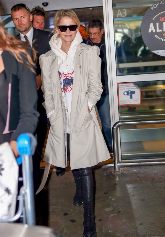 Caroline Daur - Arrives at Nice Airport 05/17/2018