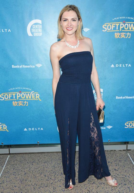 """Chantelle Albers – """"Soft Power"""" Theatre Show Premiere in LA"""