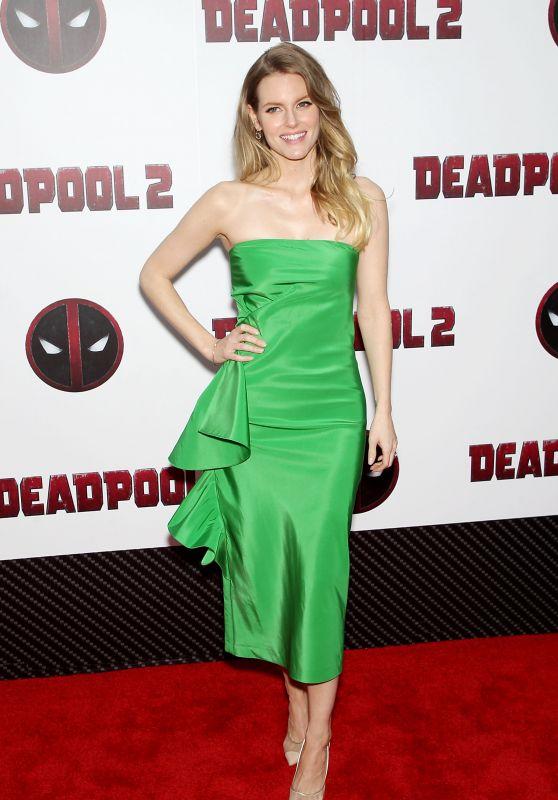 "Chelsey Crisp – ""Deadpool 2"" Special Screening in New York"