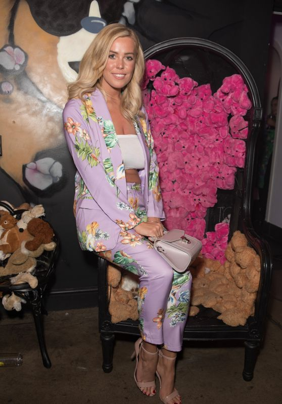 Chloe Meadows – Missguided New Fragrance Launch Party in London 05/16/2018