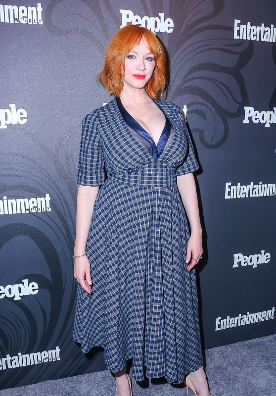 Christina Hendricks – 2018 EW and People Upfronts Party in New York