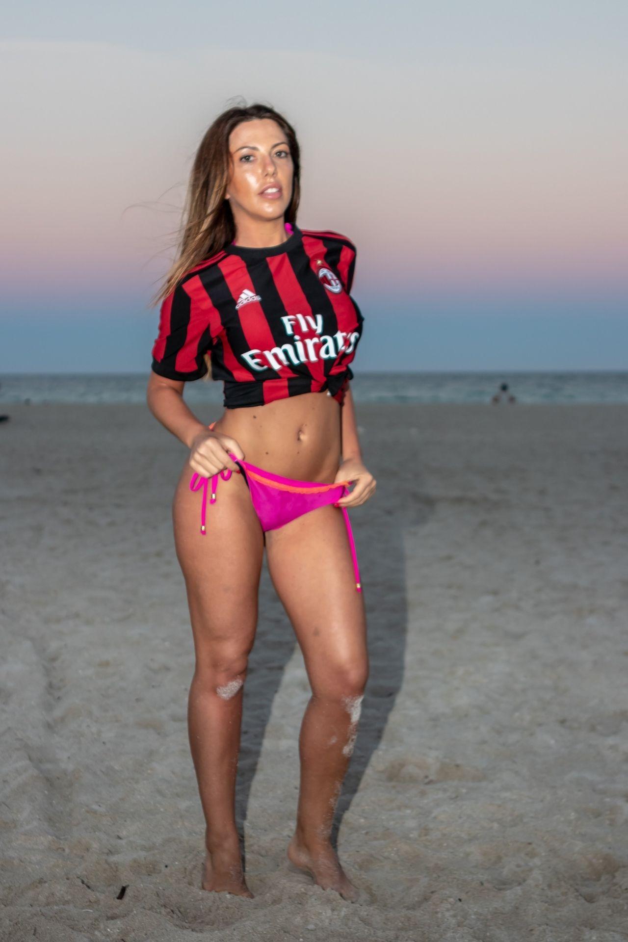 2019 Laura Bragato
