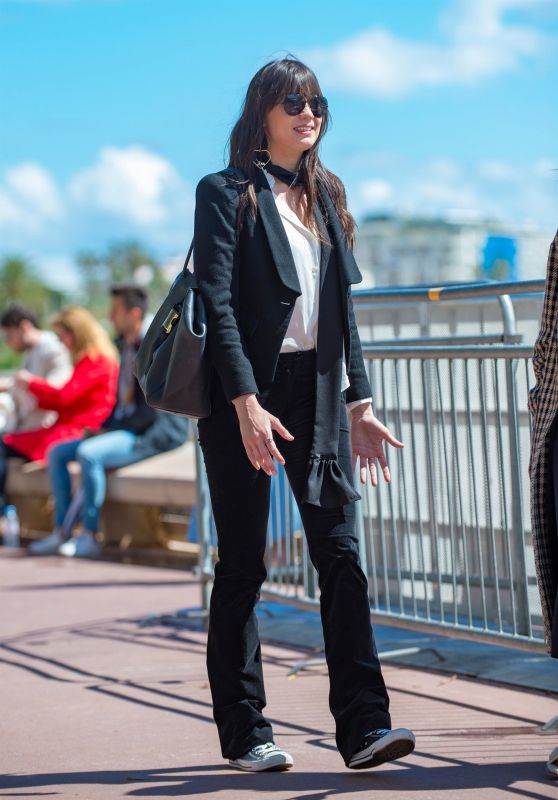 Daisy Lowe - Out in Cannes 05/14/2018